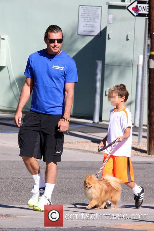 Gavin Rossdale, Kingston Rossdale and Zuma Rossdale 5
