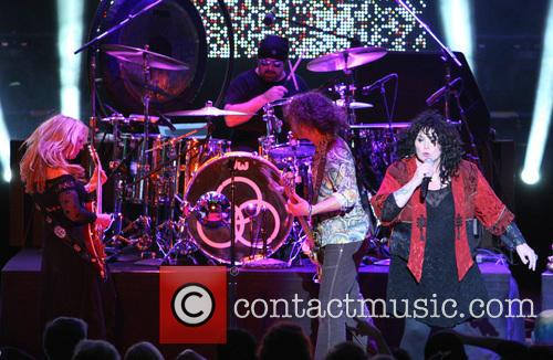 Nancy Wilson, Jason Bonham and Ann Wilson 10