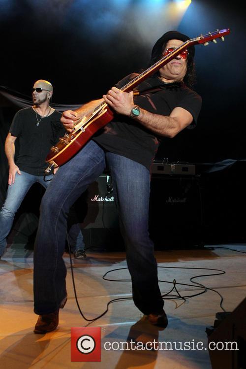 Tony Catania, Bonham and Led Zeppelin 12