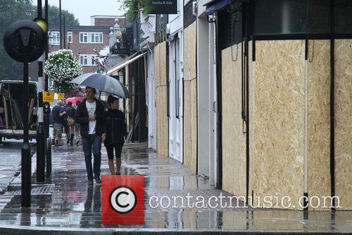 Wet Weather Pictures Preparing For The Carnival Tomorrow 3