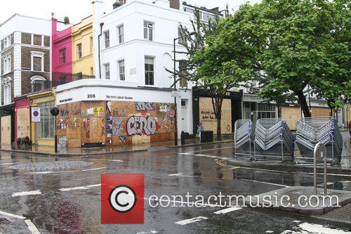 Wet Weather Pictures Preparing For The Carnival Tomorrow 11