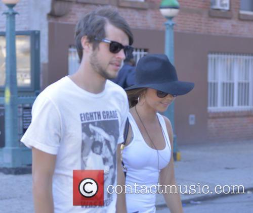 Sarah Hyland and Mark Prokop 8
