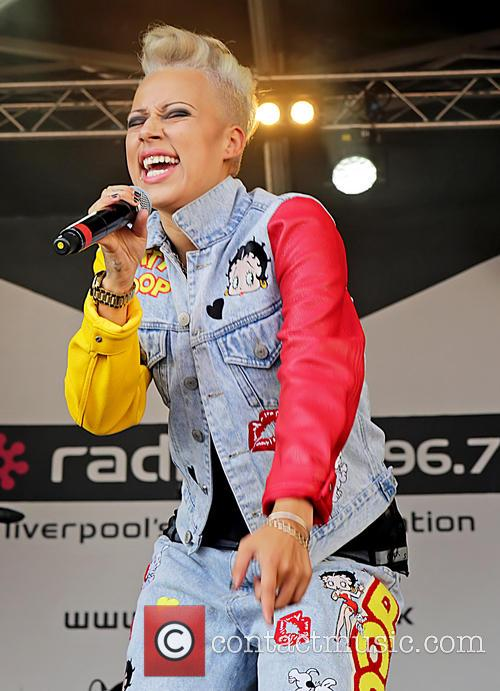 Courtney Rumbold and Stooshe 3