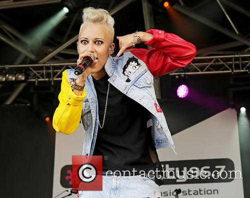 Courtney Rumbold and Stooshe 5