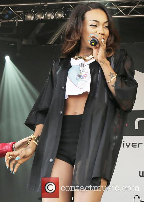 Karis Anderson and Stooshe 3