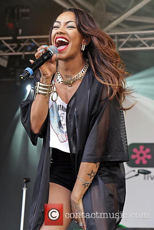 Karis Anderson and Stooshe 6