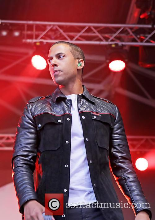marvin humes jls performing at the pier 3834901