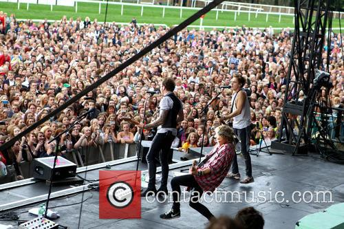 Mcfly, Dougie Poynter and Danny Jones 2