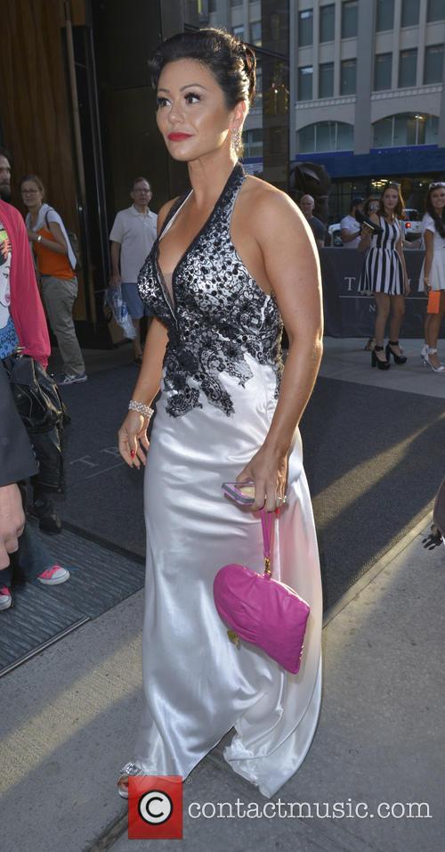 Jenni 'JWoww' Farley Leaves Hotel