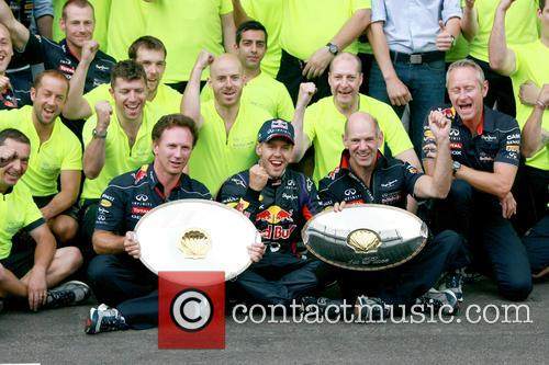 Sebastian Vettel, Christian Horner and Adrian Newey - 8