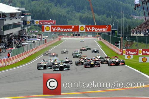 Lewis Hamilton, Start and Sebastian Vettel - 11