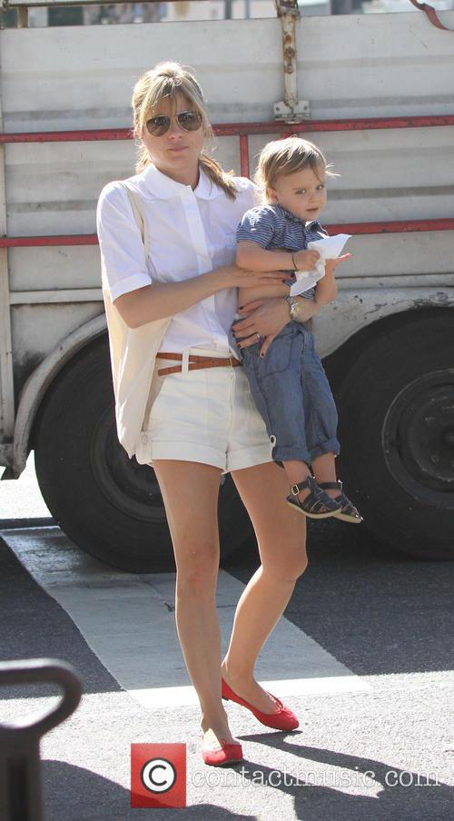 selma blair selma blair visits the studio 3834381