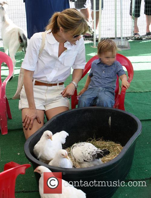 Selma Blair visits the Studio City Farmers Market