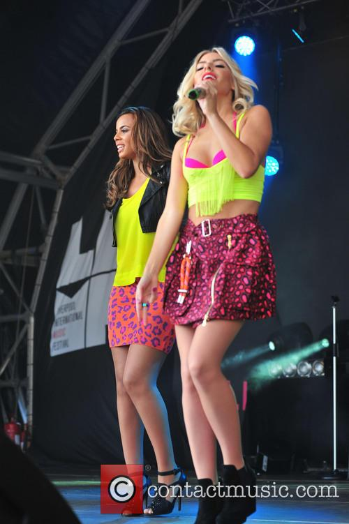 The Saturdays perform at LIMF