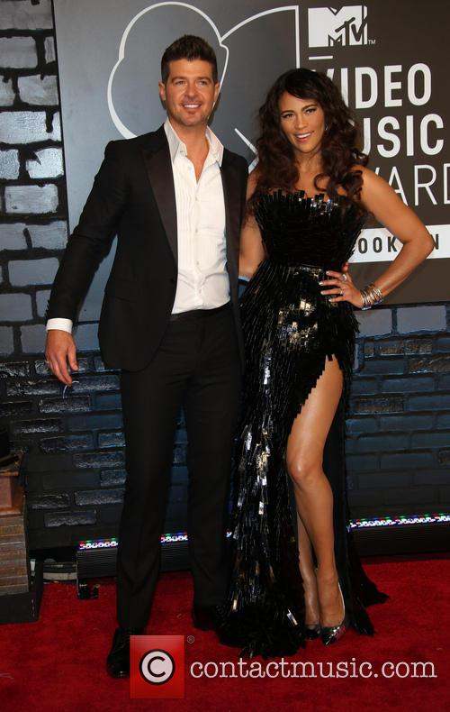 Robin Thicke and Paula Patton 2