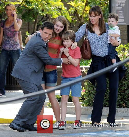 Jennifer Garner, Steve Carell and Kerri Dorsey 22