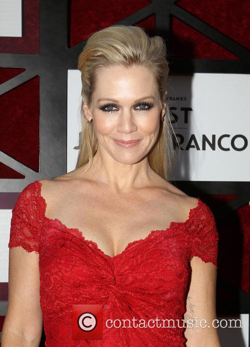 jennie garth the comedy central roast of 3835299