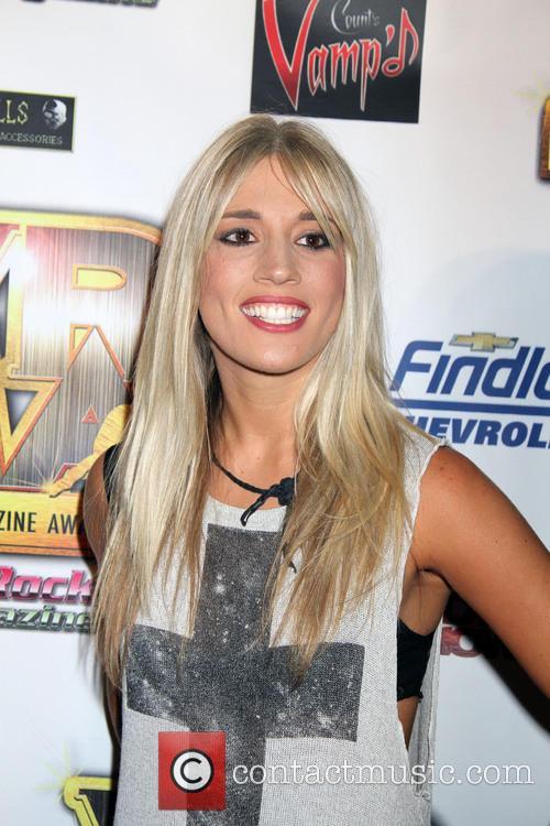 Laura Wilde 4
