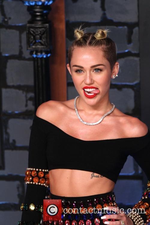 Miley Cyrus MTV VMAs
