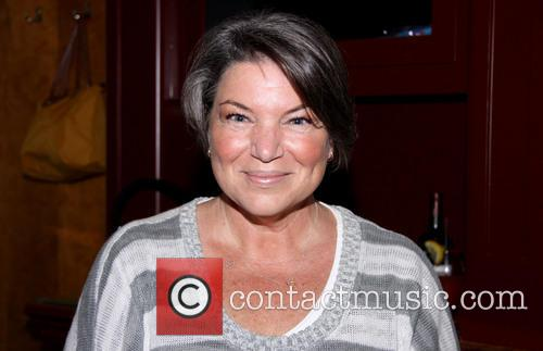 Mindy Cohn 7