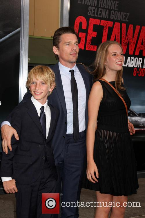 Ethan Hawke and children 3