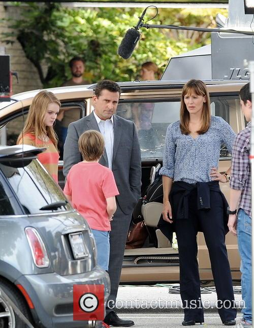 Jennifer Garner, Steve Carell, Kerri Dorsey, Dylan Minnette and Ed Oxenbould 9