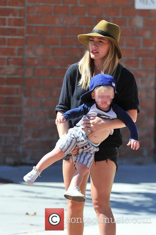 hilary duff luca comrie hilary duff and her 3839107