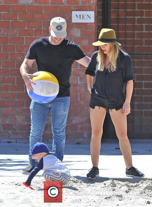 hilary duff mike comrie luca comrie hilary duff and 3839121