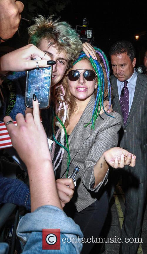 Lady Gaga Returns To Her Hotel