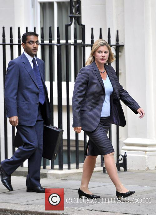 Politicians arrive at Downing Street