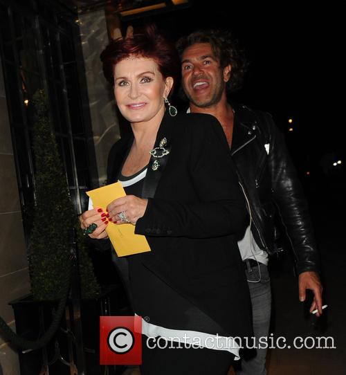 Sharon Osbourne comes back to the hotel