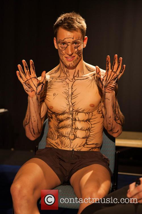 Students Learn Anatomy by Painting a Live Body