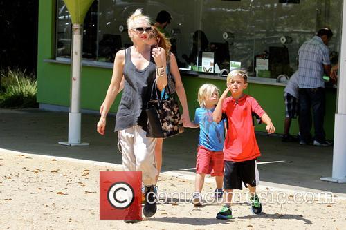 Gwen Stefani, Zuma Rossdale and Kingston Rossdale 36