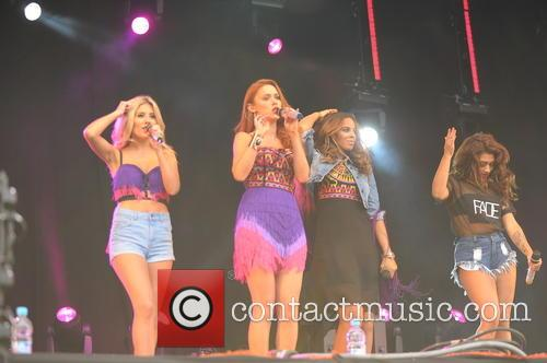 THE SATURDAYS 19