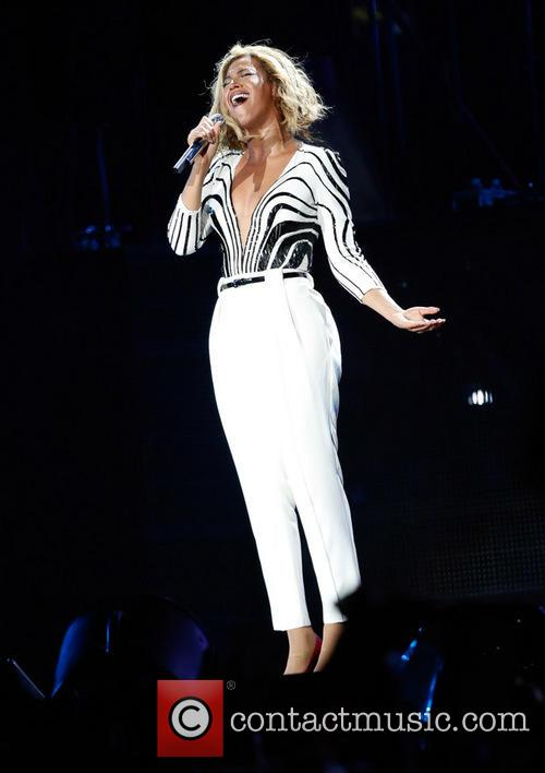 Beyonce Singing