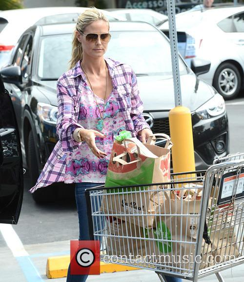 heidi klum heidi klum shopping for groceries 3843763