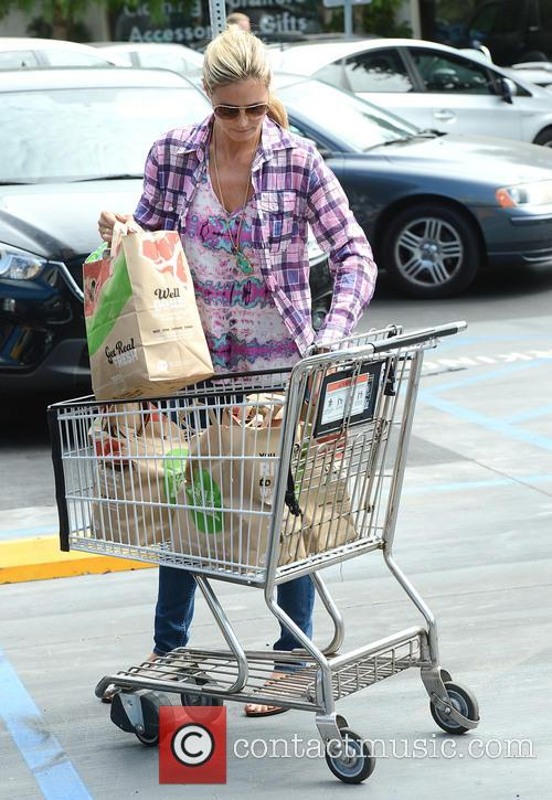 Heidi Klum shopping for groceries at Whole Foods