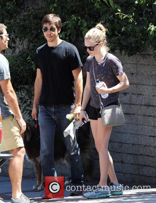 Amanda Seyfried and Justin Long 8