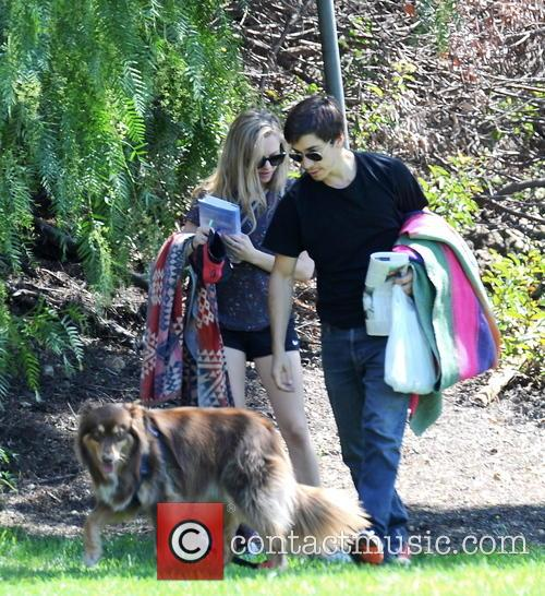 Amanda Seyfried and Justin Long 20