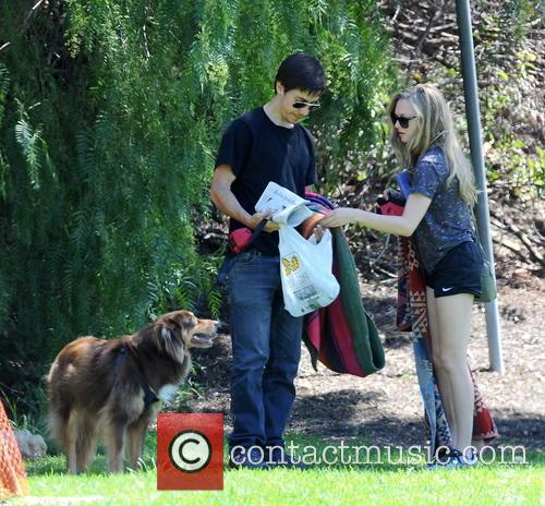 Amanda Seyfried and Justin Long 32