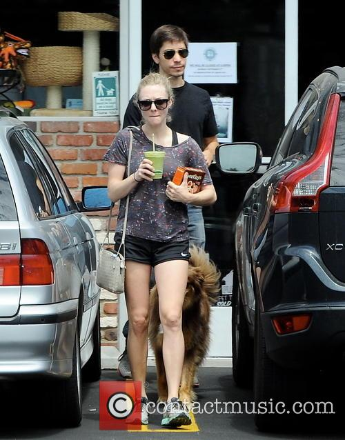 Amanda Seyfried and Justin Long 38