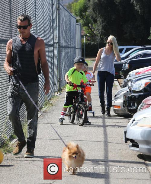 Gavin Rossdale, Kingston Rossdale and Zuma Rossdale 6