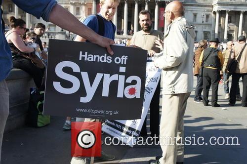 Anti-war campaigners protest in Trafalgar Square