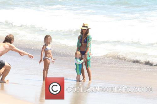 Jessica Alba, Jesssica Alba and Honor Marie 10