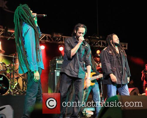 Damian Marley, Julian Marley and Stephan Marley 4