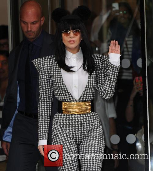 Lady Gaga leaves her Hotel for the Camden