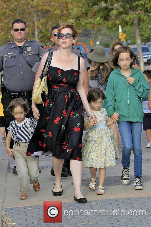 Molly Ringwald, Adele Gianopoulos, Roman Gianopoulos and Mathilda Gianopoulos 2