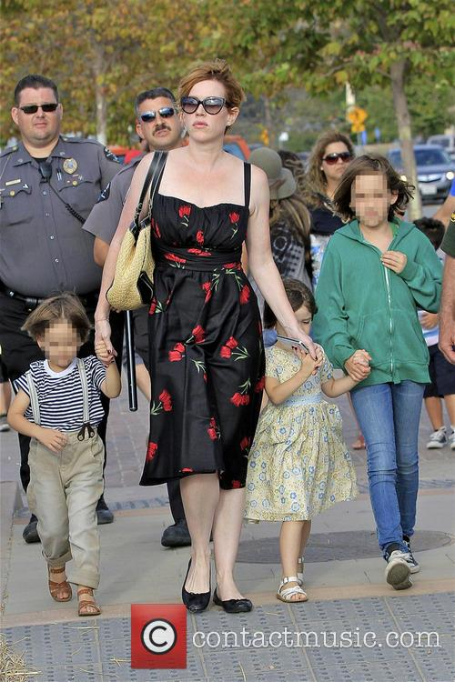 Molly Ringwald, Adele Gianopoulos, Roman Gianopoulos and Mathilda Gianopoulos 4