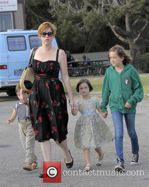 Molly Ringwald, Adele Gianopoulos, Roman Gianopoulos and Mathilda Gianopoulos 5