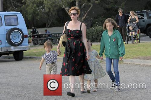 Molly Ringwald, Adele Gianopoulos, Roman Gianopoulos and Mathilda Gianopoulos 9